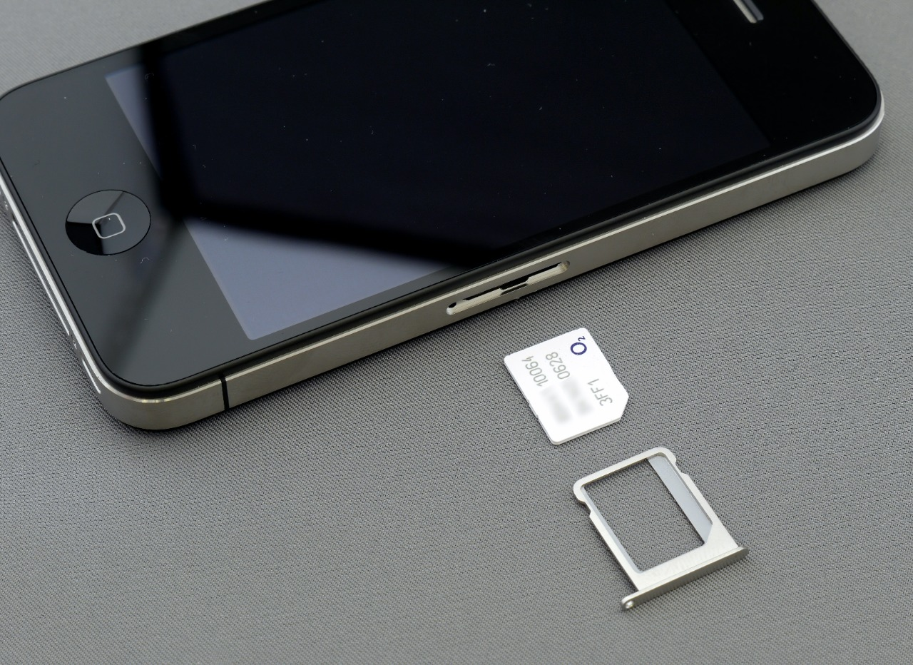 Cyber Criminals and Fake SIM Cards